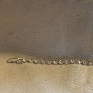 "Vintage 7 "" Silver-tone  Clear Rhinestone bracelet"